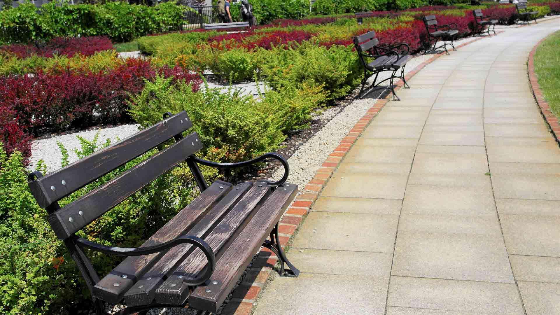 Uređenje dvorišta i kolnih prilaza